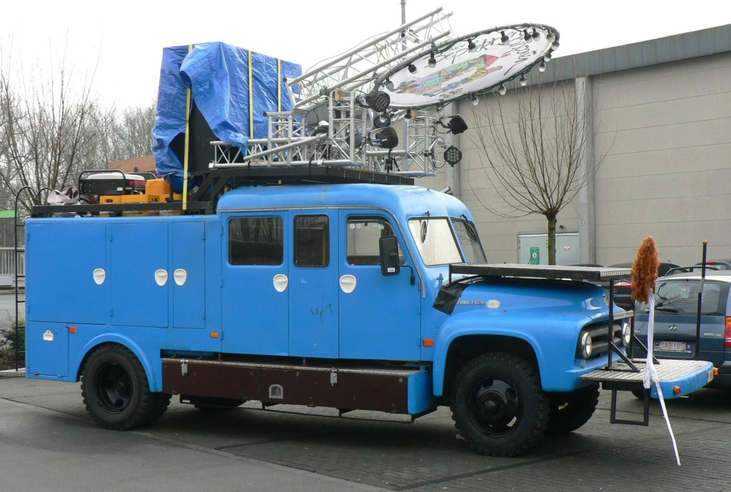 Ford F600(2)